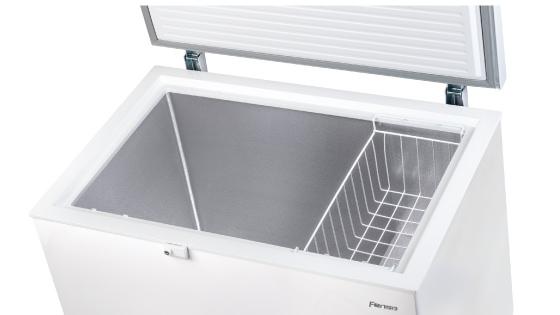 Interior aluminizado con el freezer FFH Z300