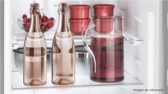 Bandeja retráctil con el Refrigerador Advantage 5700E