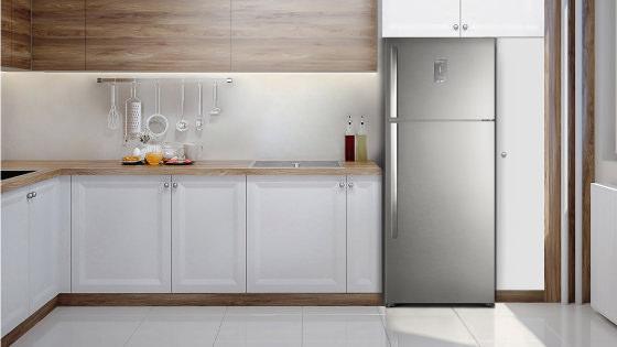 Modernidad y elegancia para tu casa con el Refrigerador Advantage 5700E